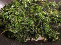 Creamed Kale | stupideasypaleo.com