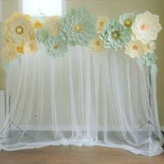 Ideas For Baby Shower Backdrop Mint Mint Baby Shower, Shabby Chic Baby Shower, Baby Shower Winter, Floral Baby Shower, Baby Boy Shower, Flower Wall Backdrop, Floral Backdrop, Diy Backdrop, Backdrops
