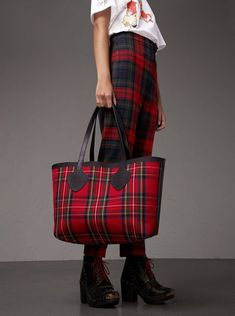 5279a0aef0 A reversible tote bag in Vintage Burberry check and tartan Burberry Tote Bag