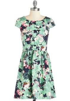 Dear Stitch Fix Stylist, I would LOVE a print dress that I can dress down with a jean jacket and flats or dress up for church with heels. Needs to be machine washable. Ideal length is right above the knees. I love the defined waistline! Thanks!