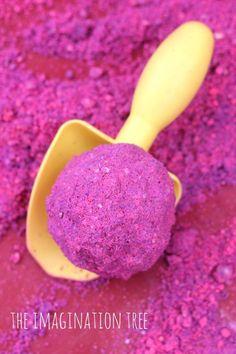 On m'a souvent demandé un recette de sable lunaire pour amuser les enfants…