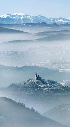 Veliko Turnovo, Bulgaria LKnits.com
