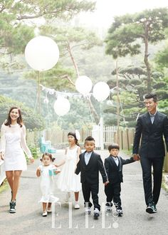 Sean and Jung Hye Young celebrated their 10-year anniversary on October 8th, 2014
