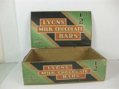 Old Shop Stuff | Old-chocolate-box-Lyons-Milk-Chocolate-Bars for sale (14525)
