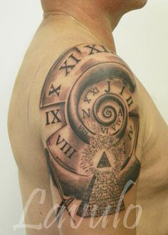 spiral clock compass tattoo  - 40 Awesome Compass Tattoo Designs  <3 <3