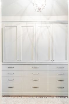 slab front drawers, shaker doors above Gilmore Design Studio -