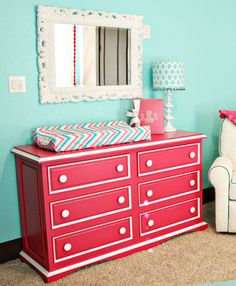 LOVE this hot pink dresser against the tiffany blue wall The white contrast color is a neat accent. Would be a good llook on Jack's dresser. Ex: green or blue with white