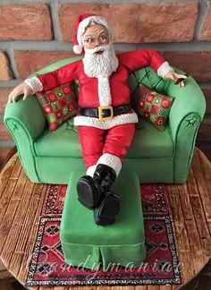 Resting Santa - Cake by Mania M. Christmas Cake Designs, Christmas Cake Decorations, Christmas Cupcakes, Christmas Love, Christmas Baking, Christmas Sweets, Fancy Cakes, Cute Cakes, Santa Cake