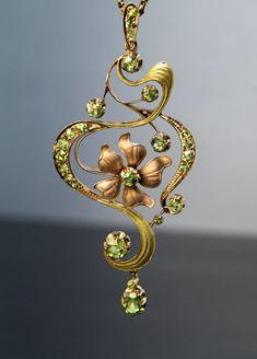 Art Nouveau Antique Russian Demantoid Gold Pendant - Antique Jewelry | Vintage Rings | Faberge Eggs
