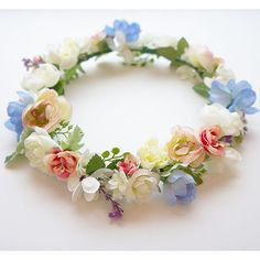 Trade Your Beanie for a Flower Crown! Winter Festival Girl Looks to Wear Now #crownsbychristy #flowercrowns #vogue