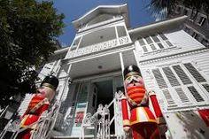 istanbul oyuncak muzesi Cheap Tickets, Istanbul Turkey, Trekking, Fair Grounds, Toys, Travel, Museums, Coupons, Restaurants