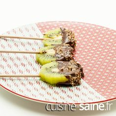 5 recettes saines en moins de 5 minutes à base de kiwi Coco, Bread, Vegan, Chocolate Fondue, Alkaline Diet Foods, Kiwi Popsicles, Cooking Recipes, Healthy Quick Recipes, Brot