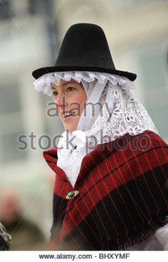 St-David-Day-National-Day-Wales-Eisteddfod-WELSH GIRL HAT Costume Accessory