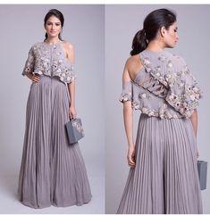 Party Wear Indian Dresses, Designer Party Wear Dresses, Indian Gowns Dresses, Indian Fashion Dresses, Dress Indian Style, Indian Wedding Outfits, Indian Designer Outfits, Indian Outfits, India Fashion