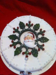 Christmas cake - by cakemummy @ CakesDecor.com - cake decorating website