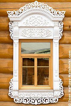 Вологодское окно с резным наличником №13
