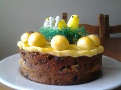 My first attempt at simnel cake ♥