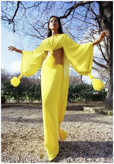 Dress, circa Yellow crepe Georgette Harem dress knotted with yellow ostrich tassels by Pierre Cardin. via vintage everyday: 20 Photos Showing the Beautiful of the Fashion Seventies Fashion, 70s Fashion, Fashion History, Fashion Beauty, Vintage Fashion, Classic Fashion, Diana Ross, Gianni Versace, Karl Lagerfeld