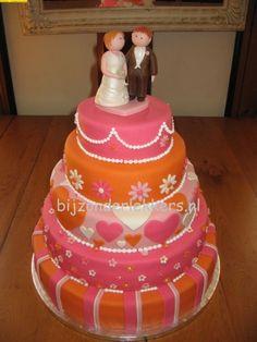 pink and orange  five tier stacked weddingcake by dutchdecorator