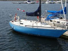 Layout and hull color Sailing, Layout, Boat, Color, Candle, Dinghy, Page Layout, Colour, Boats