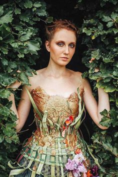 16 Pictures of Amazing Creative Dresses That Will Blow Your Mind -14