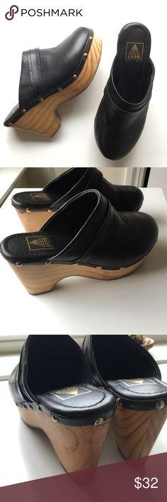 Aldo Frida Clogs Wooden and leather clogs Aldo Shoes