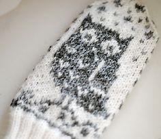 Ravelry: djaya's Owls mittens grey @Karla Rae