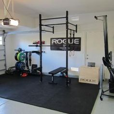 Having a garage gym in your house is amazing idea. If you already have a garage gym, then here are several ideas for your space. Crossfit Garage Gym, Home Gym Garage, Crossfit At Home, Diy Home Gym, Home Gym Decor, Basement Gym, Best Home Gym, Car Garage, Crossfit Equipment