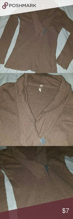 Old Navy Deep V-Neck Thermal Size Medium EUC, very nice top and color! Old Navy Tops Tees - Long Sleeve