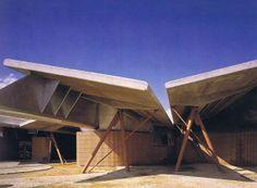 Fuentes: EL CROQUIS n 49/50: Enric Miralles / Carme Pinós, 1989-1991 en construcción. Madrid: El Croquis ed, 1991. | Carme Pinós