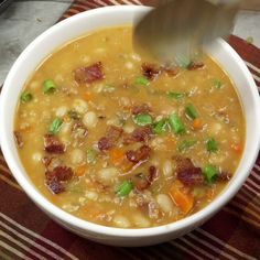 Slow Cooker Bean and Bacon Soup is heart and filling, perfect soup for a chilly night! recipes with ground beef Slow Cooker Beans, Crock Pot Slow Cooker, Crock Pot Cooking, Slow Cooker Recipes, Crockpot Recipes, Cooking Recipes, Cooking Pork, Hamburger Recipes, Barbecue Recipes
