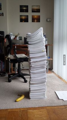 is what 4 years of medical school looks like. This is what 4 years of medical school looks like.This is what 4 years of medical school looks like. Pharmacy School, Pa School, School Humor, Medical School, School Tips, Med Student, Student Life, Medical Memes, Medicine Student
