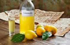 forrás: Limoncello, Souvenirs From Italy, Charcuterie Plate, Italian Cheese, Truffle Oil, Pottery Making, Truffles, Wine, Fruit