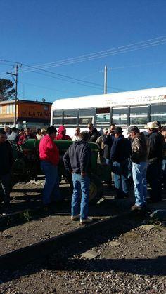 Productores barzonistas toman las vías del tren, casetas y oficinas de CFE hartos de promesas incumplidas | El Puntero