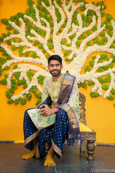 Wedding Kurta For Men, Saree Wedding, Wedding Men, Indian Wedding Decorations, Flower Decorations, Mens Traditional Wear, Gown Party Wear, Indian Groom Wear, Boys Kurta
