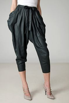 Dazzling stylish   harem pants  design ideas for fashionable ladies    (17)