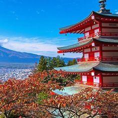新倉富士浅間神社 #japan #japanese #like4like #yolo #onfleek #love #f4f #beautiful