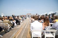 9 Beach Ceremony Blunders to Avoid (via EmmalineBride.com) - photo: stacy vaeth