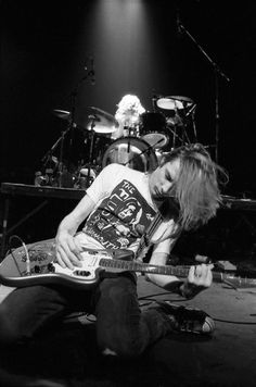 Mudhoney is a grunge band. Formed in Seattle, Washington, in 1988 following the demise of Green River, Mudhoney's members are singer and rhythm guitarist Mark Arm, lead guitarist Steve Turner, bassist Guy Maddison and drummer Dan Peters. Original bassist Matt Lukin left the band in 1999.