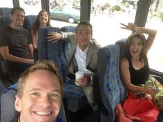 How I met your mother celebrities Neil Patrick Harris on Best Series, Best Tv Shows, Best Shows Ever, Tv Series, How I Met Your Mother, Neil Patrick Harris, Ted Mosby, Himym, Por Tv