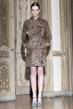 Valentino Pre-Fall 2011 Collection Slideshow on Style.com