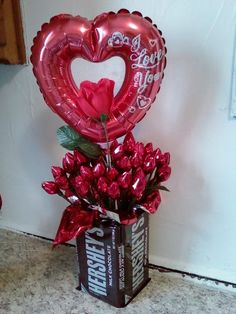 Valentine Hershey kisses bouquet