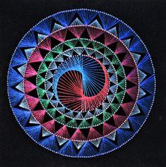 Diy Dream Catcher Tutorial, String Wall Art, Special Wedding Gifts, Zen Design, String Art Patterns, Moving Gifts, Zentangle Patterns, Mandala Art, Abstract Wall Art