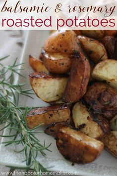 Balsamic Rosemary Roasted Potatoes Recipe- a healthy side dish for dinner, perfect with chicken or steak! Seasoned with garlic, rosemary, and balsamic vinegar-super easy!