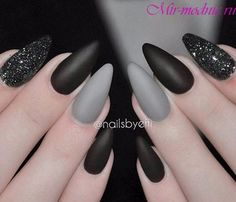 Серый маникюр-это очень красиво и стильно