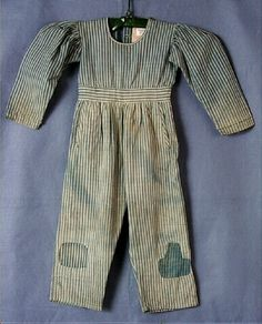 love this early child's coveralls..