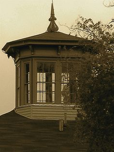 Widow's Walk / Cupola