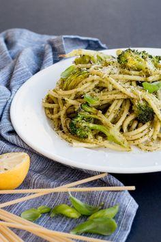 Kale-Walnut-Pesto-Pasta-with-Roasted-Vegetables-19.jpg 1,000×1,500 pixels