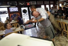 Obama Picked Up By Scott Van Duzer, Florida Pizza Place Owner (PHOTO, VIDEO)- Classic!!