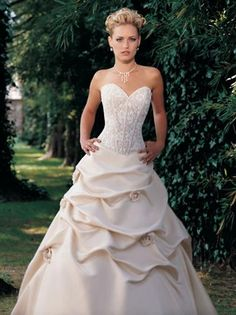 Demetrios White Wedding Dress Size 2 (XS) off retail Wedding Dress Sizes, White Wedding Dresses, Ricki Lee, Strapless Dress Formal, Formal Dresses, Recycled Bride, Bridal Gowns, One Shoulder Wedding Dress, Ball Gowns